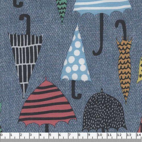 Tissu softshell, déperlant doublé polaire. Motif parapluies sur fond bleu jean