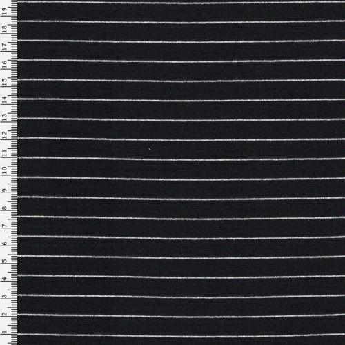 La célèbre marinière d'un chat sur un fil noir et argent