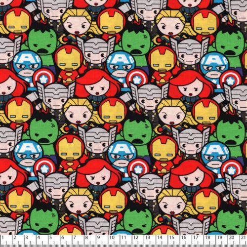 Tissu coton imprimé Marvel foule de supers héros fond noir